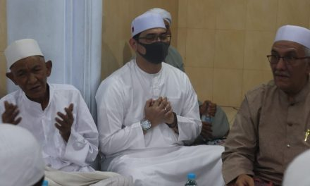 40 HARI WAFATNYA ALMAGFURLAHU HABIB UMAR BIN ABU BAKAR AL-MUHDLOR PASURUAN