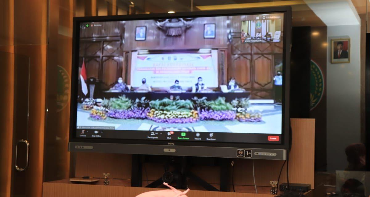 Gubernur Jawa Timur Minta Seluruh Pihak Mengawal Proses Vaksinasi Sampai Tingkat Bawah