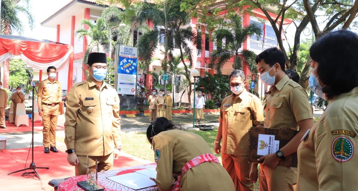 Wali Kota Pasuruan MELANTIK 52 Jabatan Fungsional Tertentu