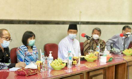 walikota pasuruan hadirkan dua akademisi dari universitas airlangga untuk tingkatkan kinerja dan mutu rsud dr. r. soedarsono