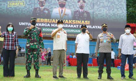 Wali Kota Pasuruan Hadiri Serbuan Vaksinasi Untuk Warga di Wilayah Kodim 0819 Pasuruan.
